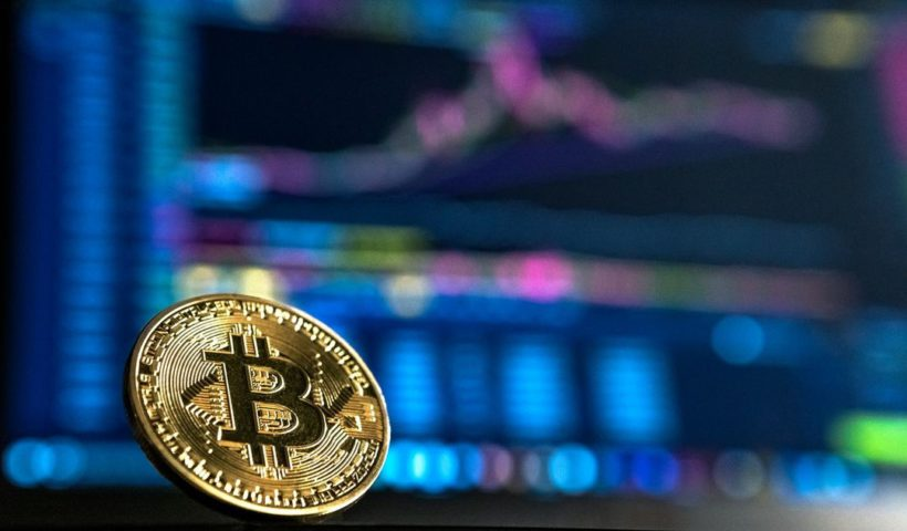 Bitcoin Falls 11.3% to $33,250, Ether Down 16.6%